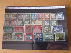 Federal Germany 1961/2000 - Composition of 1652 Stamps and 50 Different Blocks