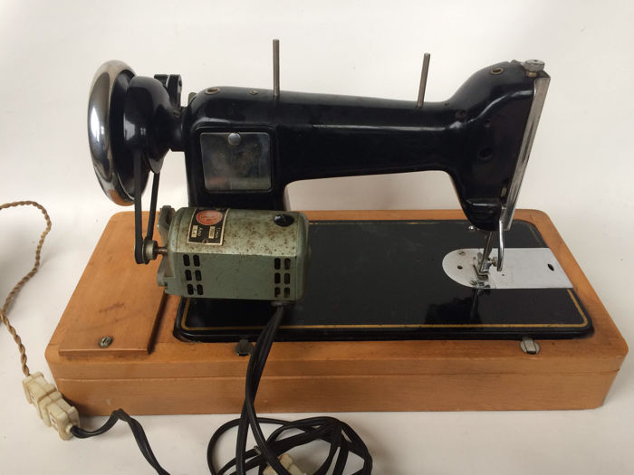 One Of The First Electric Sewing Machine Of Gazelle Catawiki Extraordinary 1st Electric Sewing Machine