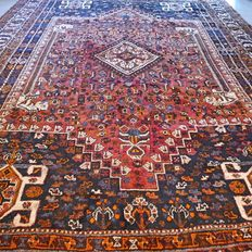 NO RESERVE, GREAT OPPORTUNITY: Special XL Qashqai carpet – 315 x 215 – great opportunity