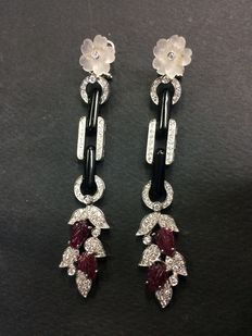 White gold earrings with rock crystal, onyx, and diamonds