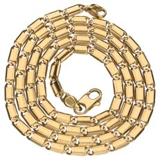 18 kt yellow gold necklace with decorated curb links – Length: 50 cm