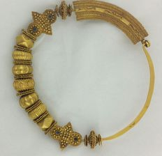 Rare nose ring from Himachal Pradesh - 22 kt gold