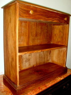 Country Rustic Solid Cabinet /Exhibitor  with a Drawer and Two Shelf´s, c.a. 1960
