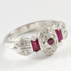 14 kt White Gold Ring  Set with Diamonds and Ruby