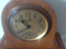 Bayard mantel clock 1950.