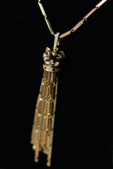 "Cartier - ""Panthère de Cartier"" necklace, 18k yellow gold, diamonds, emeralds and onyx - necklace: 78.5 cm"