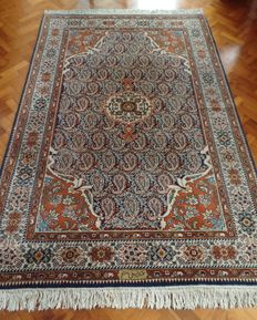 Signed Tabriz Bessarabian carpet with certificate, 270 x 186