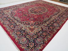 Dreamily beautiful Persian carpet Mashad/Iran, 395 x 295cm, semi antique, excellent condition, signed