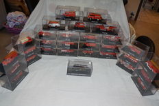 Atlas - Scale 1/87 - Lot with 30 models: 30 x fire trucks