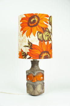 Designer unknown - special vintage ceramic table lamp with fabric shade - 51 cm