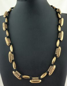 South India necklace with antique pendants/charm - 22 kt gold - Early 20th century.