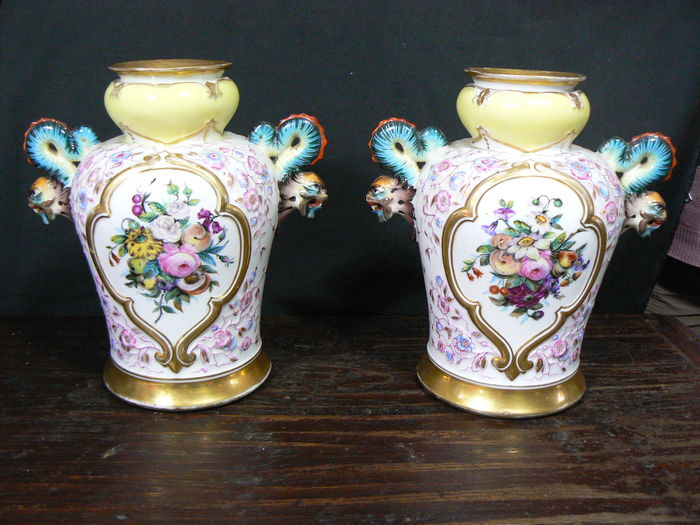 Italy Pair Of Antique Hand Painted Vases Catawiki
