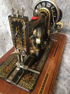 Beautiful antique Gritzner Durlach hand sewing machine