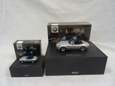 James Bond The World is Not Enough - Minichamps - Scale 1/43 and 1/87 -  2x BMW Z8 James Bond 007