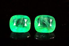 Pair of emeralds - 4.66 ct in total.