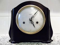 Art Deco - Bakelite table clock - Smiths Enfield - First period 1900.