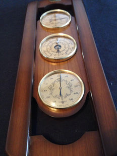 Antique weather station. Barometer - hygrometer - thermometer, 51 x 18