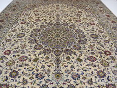 Wonderfully beautiful Persian carpet Kashan/Iran 490 x 295 cm, end of the 20th century. Very good condition - top quality
