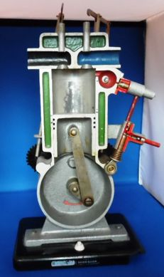 Baden-Baden Formeta - Demonstration model operation 4 stroke engine - 1950s - 1960s