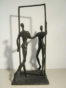 "Corry Ammerlaan van Niekerk - signed burnished sculpture -  ""de kennismaking"""