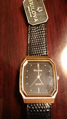 Bulova - Like new without tags, unused and never worn, original packaging missing.