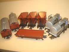 Märklin H0 - 4610/46061/4619 - 8 freight carriages of the DB