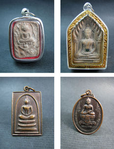 Lot with 4 pendants Buddhist amulets - Thailand - second half of the 20th century