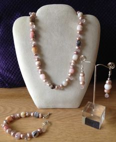 Handmade set, Andes opal with rose quartz and baroque freshwater pearls – necklace, bracelet, earrings
