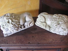 Pair of Lion sculptures - Syracuse, Italy - early 20th century