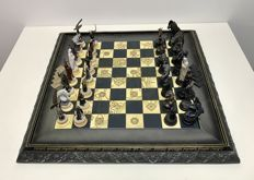 The Lord of the Rings chess set Polychrome