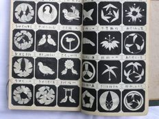 "Book of family crests (""kamon"") - Japan - 1906"