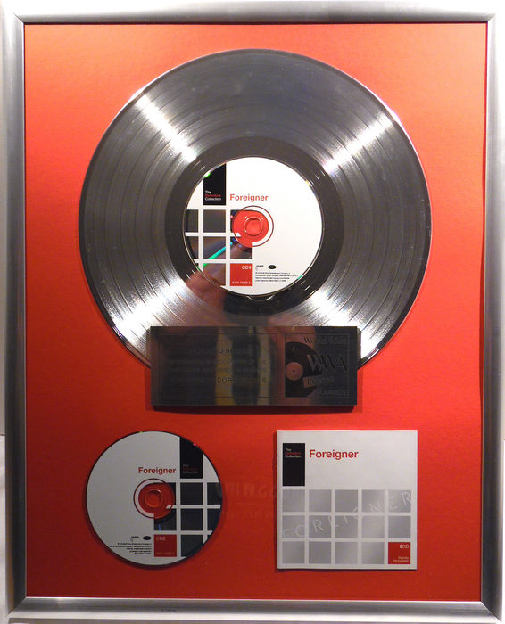 "Foreigner - The Definitive Collection - 12"" german Atlantic platinum plated record with CD and cover by WWA gold Awards"