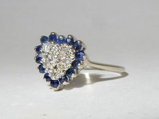 Stunning antique heart ring in gold set with 7 diamonds and 14 sapphires