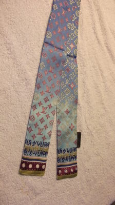 Louis Vuitton - Twilly Scarf.