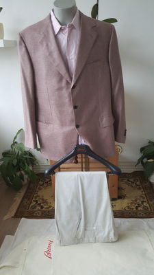 Brioni – Outfit (Jacket + trousers + shirt)