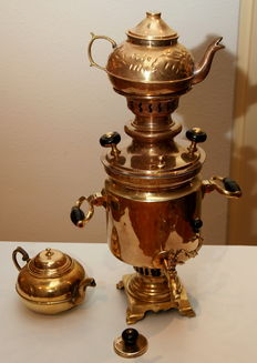 Beautiful original antique Samovar, yellow copper.