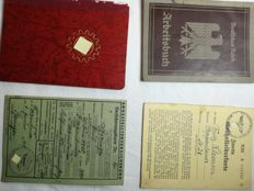 Lot Bayonet, documents, badges etc.