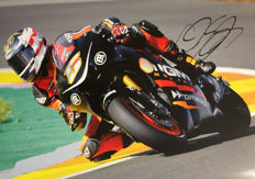 Photo signed by the rider Colin Edwards