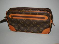Louis Vuitton - Marly clutch with zipper and label