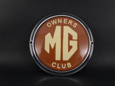 Vintage Chrome Auto Car Badge MG Owners Club Dark Red Version