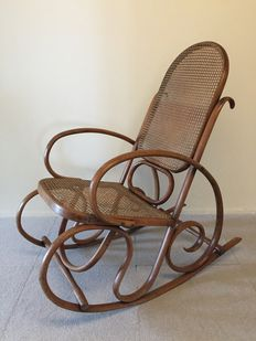 Unknown designer - Bentwood rocking chair Thonet style, ca. 1890