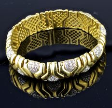 61.4 g ladies' Bulgarian-style gold bracelet with 180 brilliant - over 3 ct