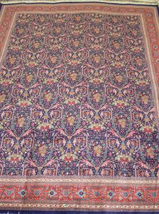 Finely knotted Tabriz Mostofi rug 650,000 knots/m2