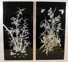 Set of two varnish panels inlaid with mother of pearl - Korea - 1st half 20th century