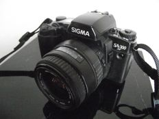 SIGMA SA300N body with SIGMA DL zoom lens f=35-80mm and 1:4.0-5.6 MC and diameter 52mm