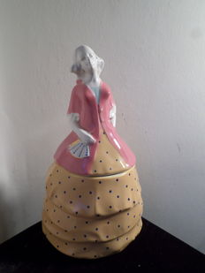 Imperial factory of Nimy - Candy box in the shape of woman