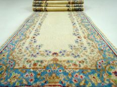 Kerman – 361 x 75 cm – eye-catcher – long, regal, Persian runner in splendid condition.