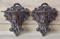 Pair of English heavy cast iron wall brackets with Greenman ornament