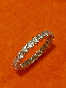American white gold wedding ring with 1.61 ct Top Wesselton diamonds
