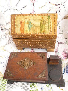 Antique box, in front the scene of manners, Venice + box with ornaments - lot of two wooden jewellery boxes around 1900 + rarity